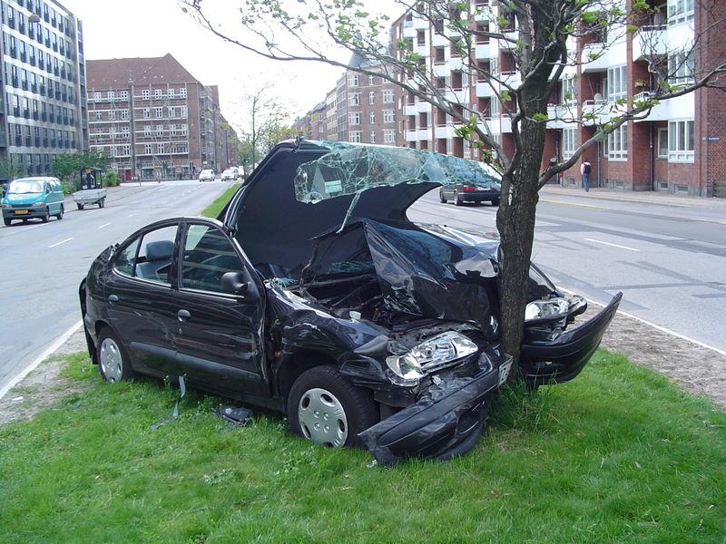 auto ongeluk boom